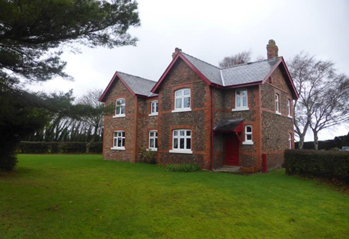 Pear Tree Farm, Black Moss Road, Dunham Massey, Altrincham, Cheshire